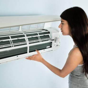 ¿Cómo limpiar el filtro de un aire acondicionado?