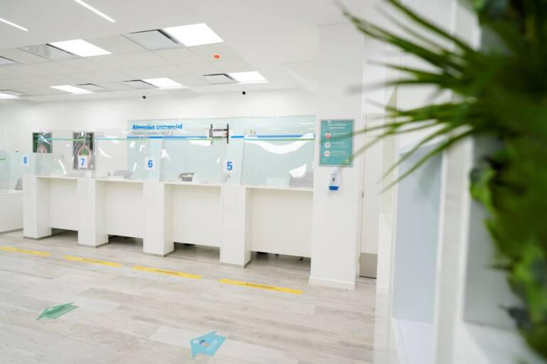 Reabrimos nuestras oficinas comerciales: hay que sacar turno y las cajas no están habilitadas